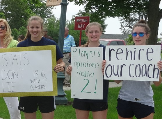 Brookfield High School basketball players, from left, Bailey Drapola, Becca Woods and Chloe Willrich.