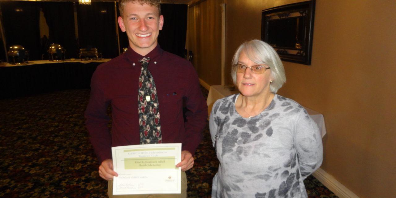 Scholarship recipients enjoy aiding others