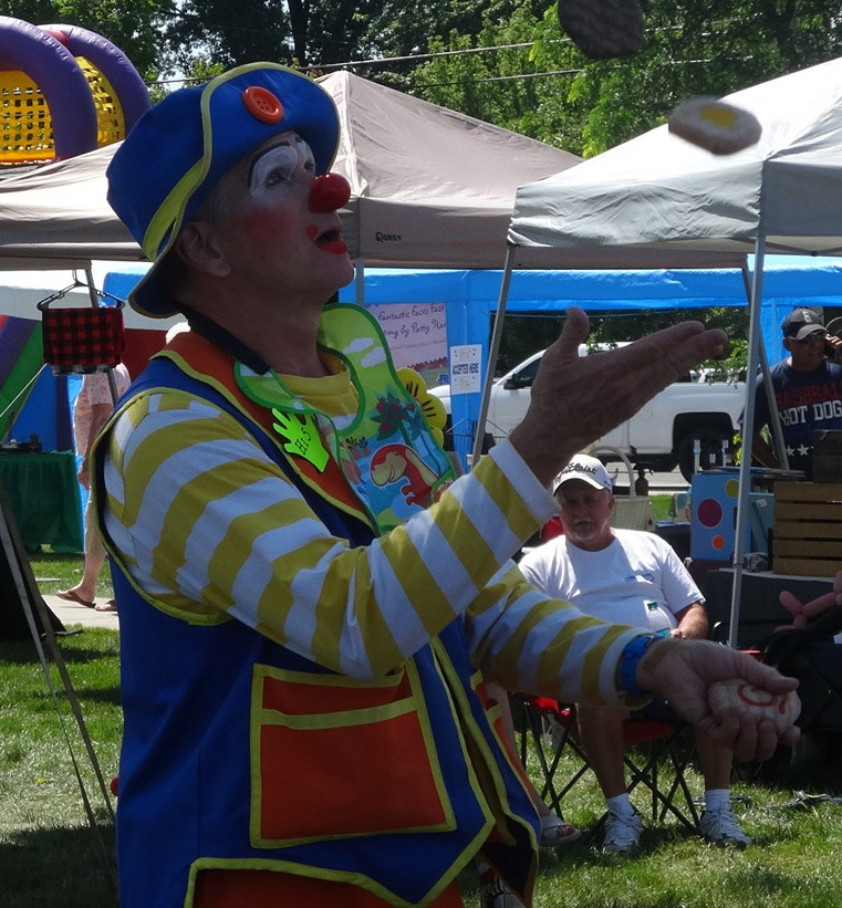 High 5 the Clown