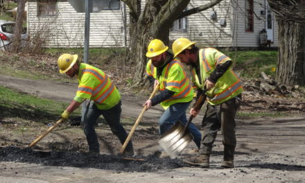 Deal made to pave part of Stateline Road
