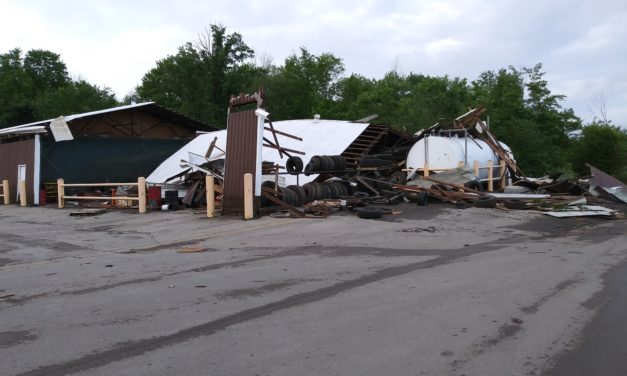 Weather service surveys Trumbull storm damage