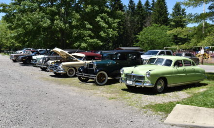 Hudson-Essex-Terraplane meet