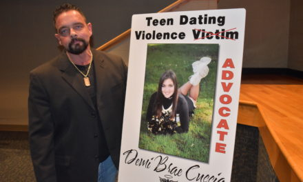 Dad alerts teens to signs of dating violence