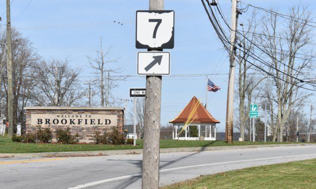 Brookfield, Yankee Lake promote Route 7 Garage Sale