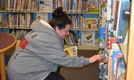 Patrons prepare for library closing